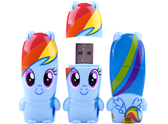 Clé usb Rainbow Dash, un peu massacré non ?
