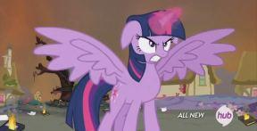 Twilight est alors pas, mais alors pas contente du tout !