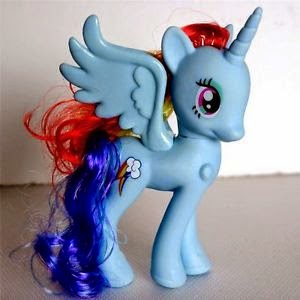 Rainbow Dash Alicorn version.