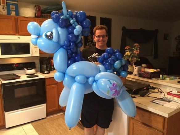 Un Poney entièrement gonflé !